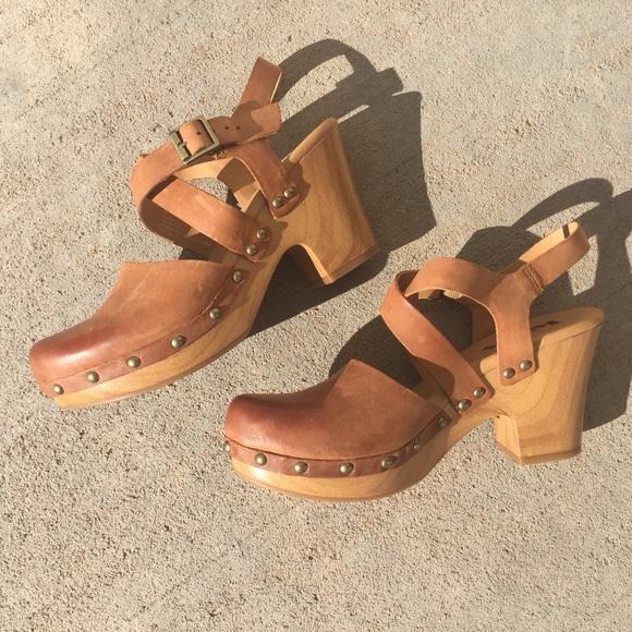 b238b1fd5ab0d Kork-Ease Shoes - Korks Abloom Clogs